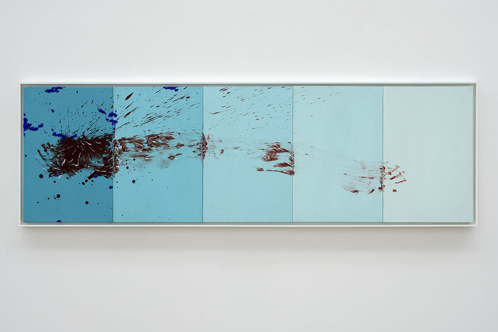 Imran Qureshi, When I Thought of You, You Were Not There, 2018. Acrylic on canvas. Unframed 69 x 229,5 x 2,6 cm (27,17 x 90,35 x 1,02 in) Frame 73 x 234,5 x 4 cm (28,74 x 92,32 x 1,57 in) Courtesy Galerie Thaddaeus Ropac, London · Paris · Salzburg. Photos : Charles Duprat © Imran Qureshi