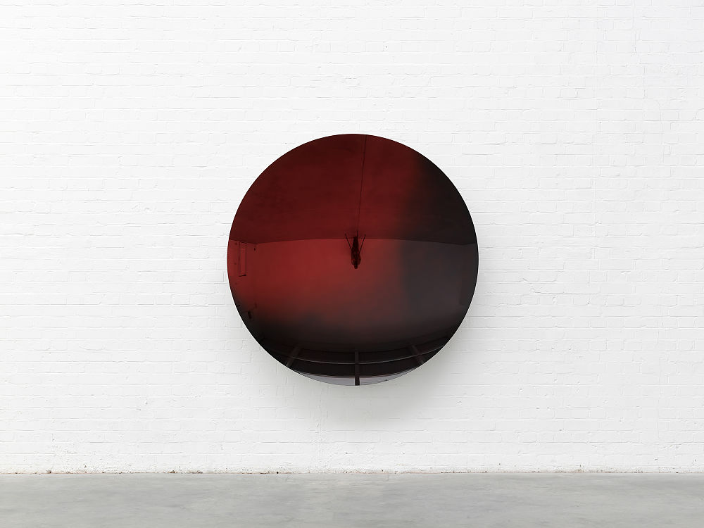 Anish Kapoor, Mirror (Red mix 2 to Black Mist), 2018. Stainless steel and lacquer 162 x 162 x 24 cm 63 3/4 x 63 3/4 x 9 3/8 in ©Anish Kapoor. All rights reserved, 2019