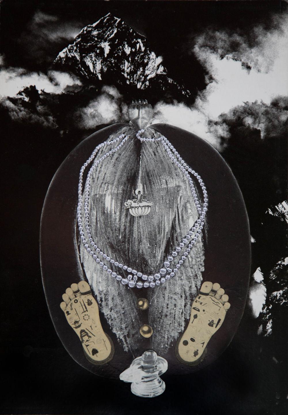 Penny SLINGER, Coco de Mer, 1976. Photo collage on board 41.9 x 29.5 cm. Copyright the Artist; Courtesy Richard Saltoun Gallery