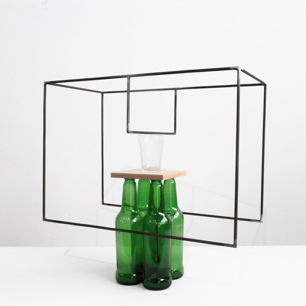 Raul Mourão, 4 cervejas (para Guto Lacaz), 2019. 1020 steel with synthetic resin, glass and wood 46 x 50 x 25 cm 18.1 x 19.7 x 9.8 in. Courtesy of the artist and Galeria Nara Roesler