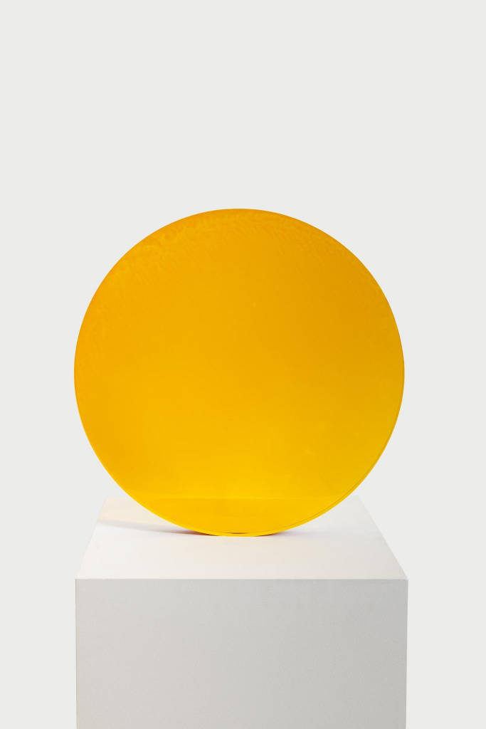 De Wain Valentine, Amber to Gold Circle, 1971. Cast Polyester Resin 17 1/2 x 17 1/2 x 1 5/8 in 44,5 x 44,5 x 4 cm
