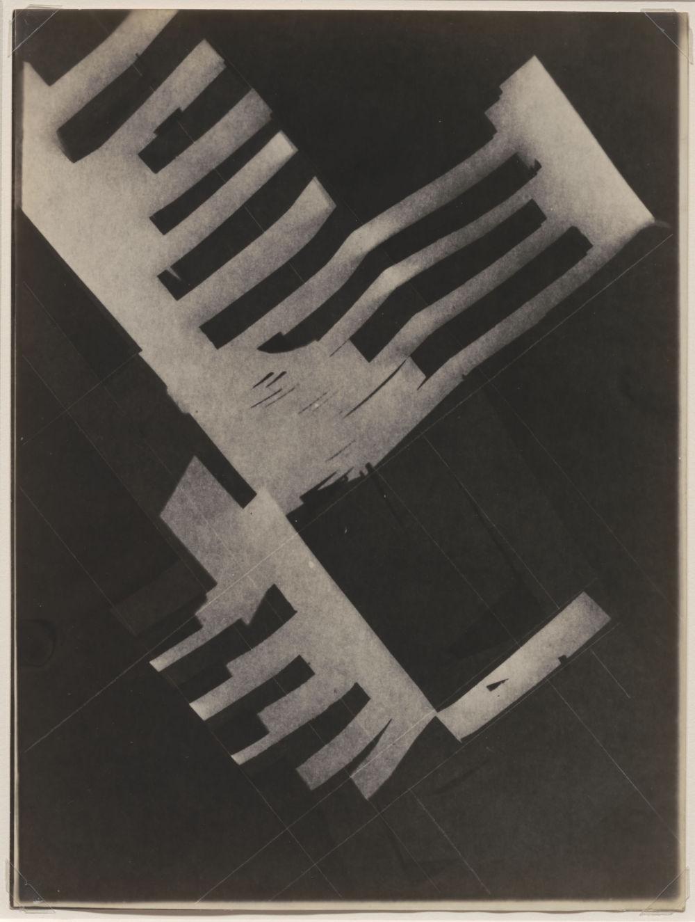 László Moholy-Nagy, Untitled (Cut paper like piano keys), 1925-1928. Photograph 23.6 x 17.7 cm / 9 1/4 x 7 in © the Estate of László Moholy-Nagy / Artists Rights Society (ARS), New York / VG Bild-Kunst, Bonn. Courtesy of the Estate of László Moholy-Nagy