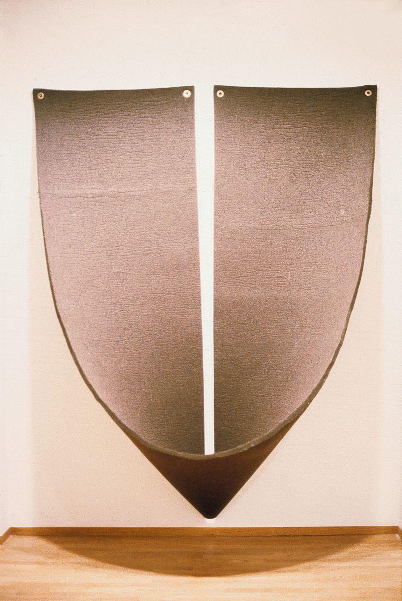 Robert Morris, Untitled, 1974. Brown felt, metal grommets 242.6 x 174 x 78.7 cm / 95 1/2 x 68 1/2 x 31 in. Courtesy Hauser & Wirth