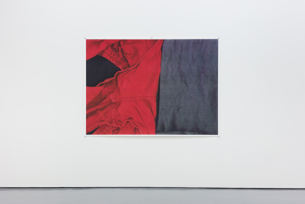 Wolfgang Tillmans, Extra Dry II, 2009. Unframed inkjet print 138 x 205 cm © Wolfgang Tillmans, courtesy Maureen Paley, London