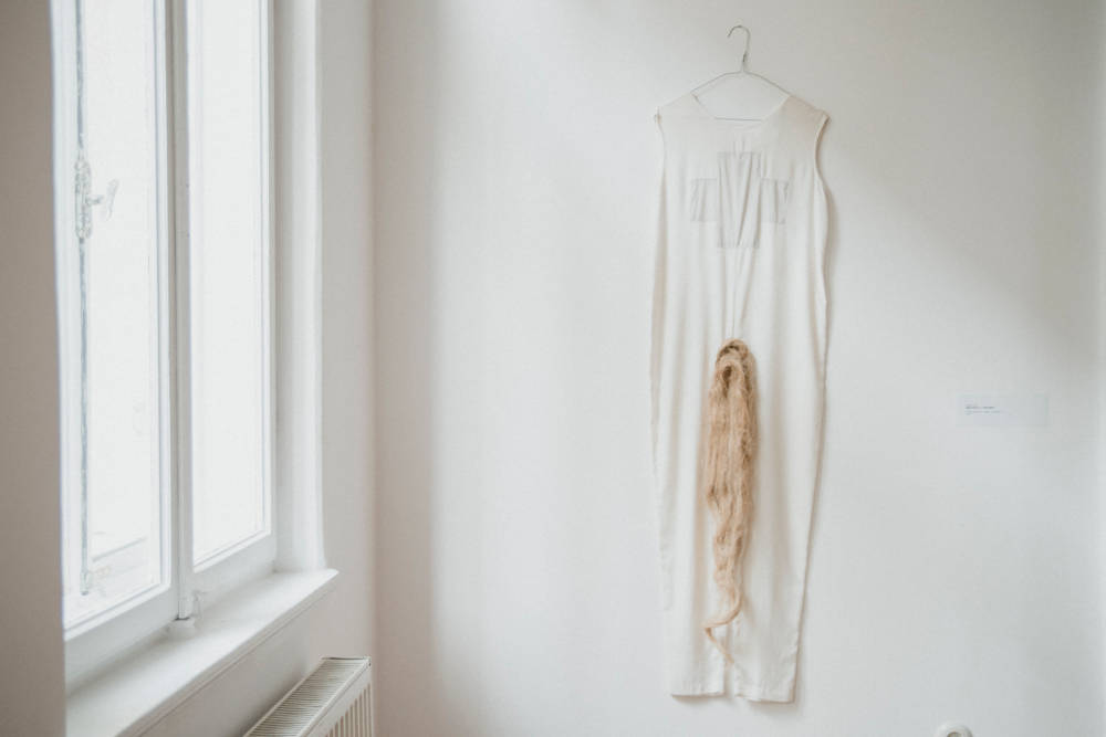 Adelina Ivan, Alter-Body, 2019. Object installation (construction mesh, cotton dress)