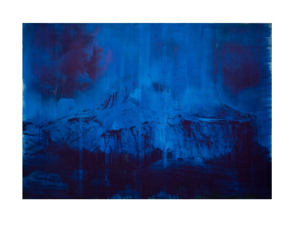 Lorna Simpson, Blue Dark, 2018. Ink and screenprint on gessoed fiberglass 259.1 x 365.8 x 3.5 cm / 102 x 144 x 1 3/8 in © Lorna Simpson. Courtesy the artist and Hauser & Wirth. Photo: James Wang