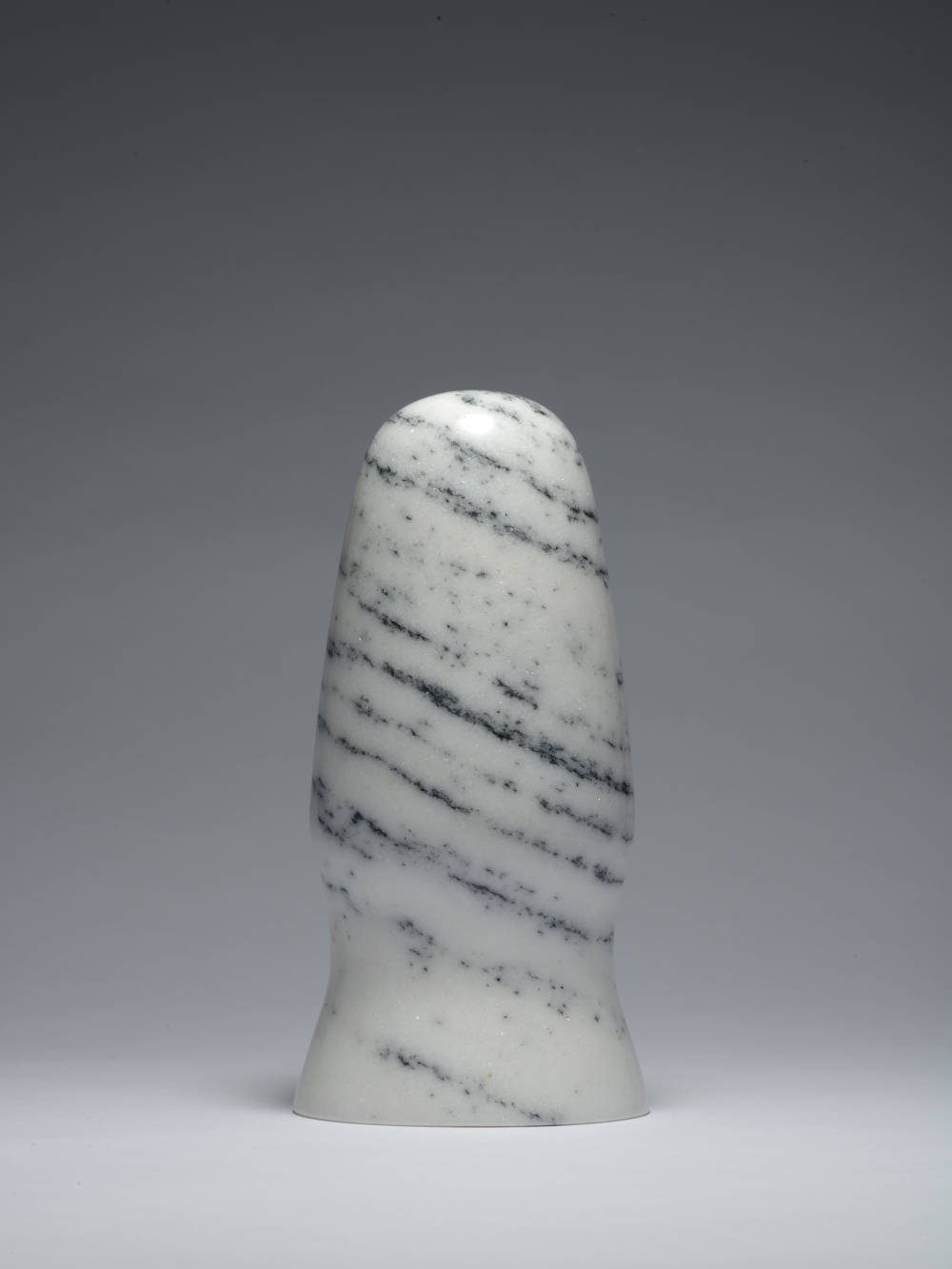 Zhao Zhao, Control 3, 2019. Natural marble 10.24 x 4.84 x 4.84 in (26.0 x 12.3 x 12.3 cm) Courtesy of the artist and Roberts Projects, Los Angeles, California