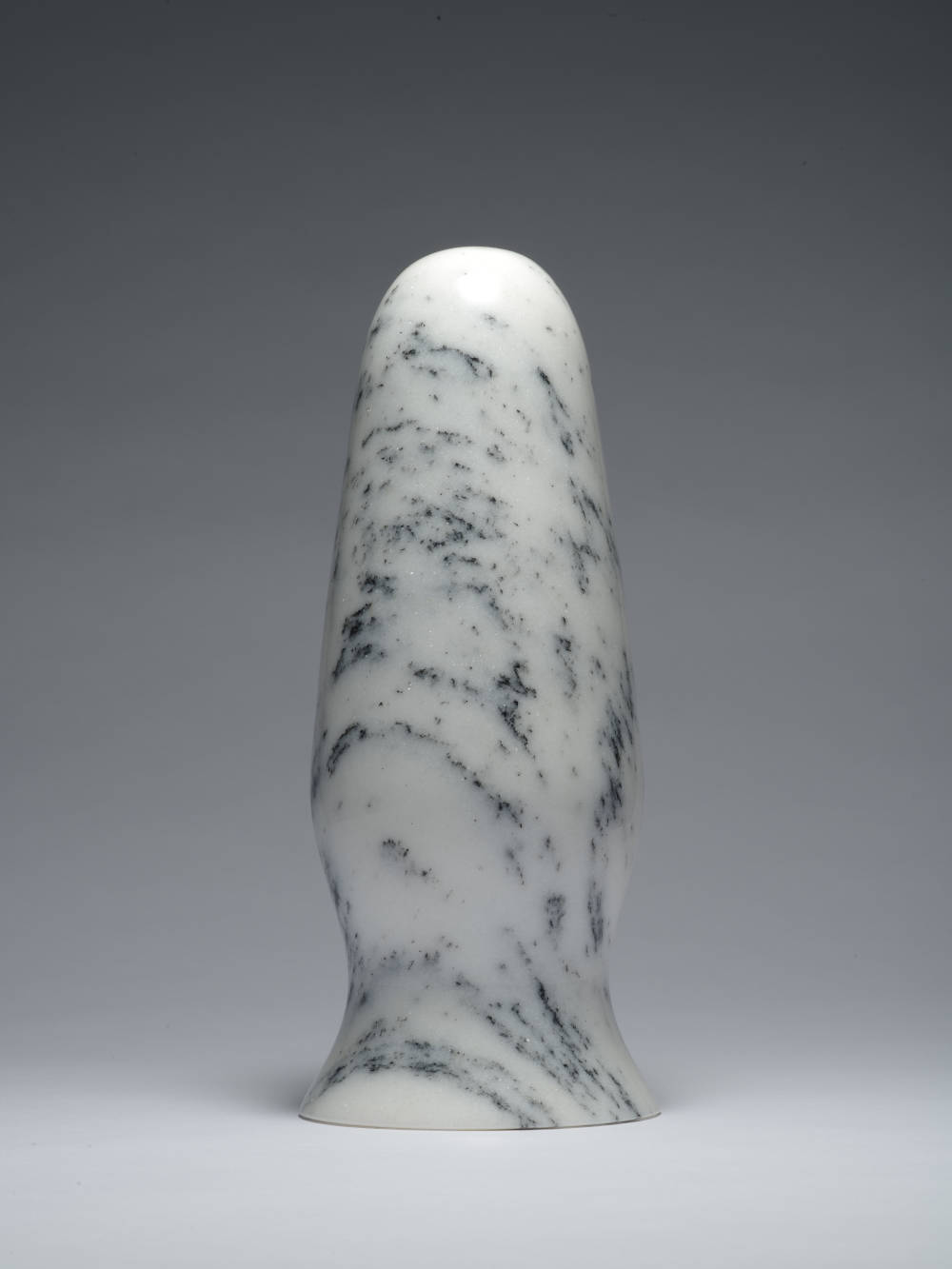 Zhao Zhao, Control 8, 2019. Natural marble 11.81 x 5.12 x 5.12 in (30 x 13 x 13 cm) Courtesy of the artist and Roberts Projects, Los Angeles, California