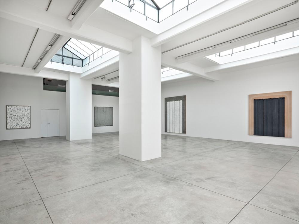 Cardi Gallery Milan Ha Chong-Hyun 6