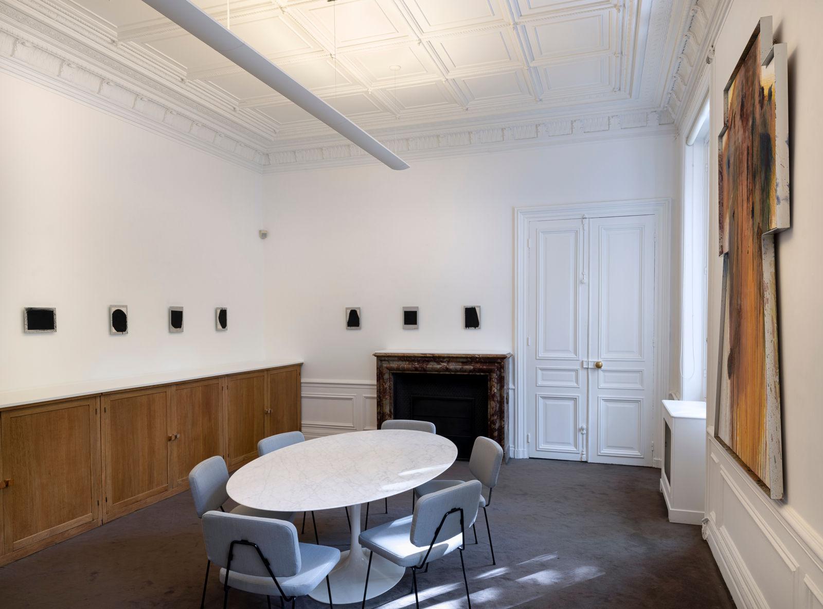 Galerie Lelong Paris Arnulf Rainer 1