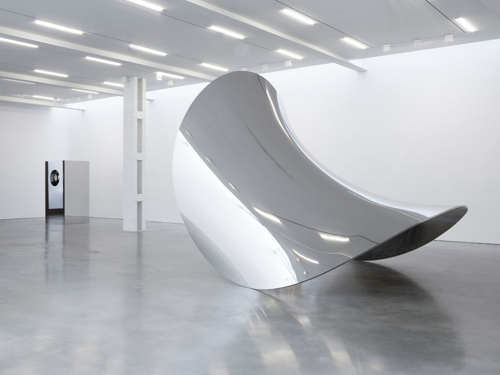 Lisson Gallery W 24th Anish Kapoor 2
