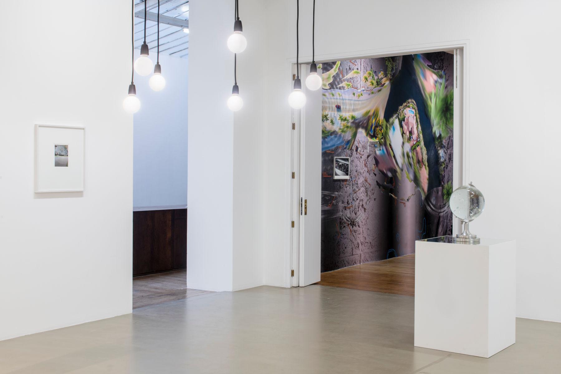 Galerie Chantal Crousel Seen in a crystal ball 1