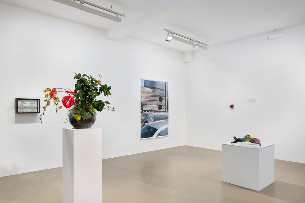 Galerie Chantal Crousel Seen in a crystal ball 5