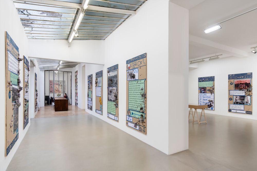 Galerie Chantal Crousel Thomas Hirschhorn 3