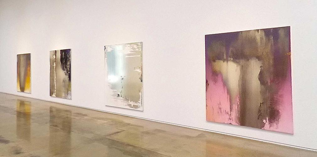 view the Kohn Gallery VR