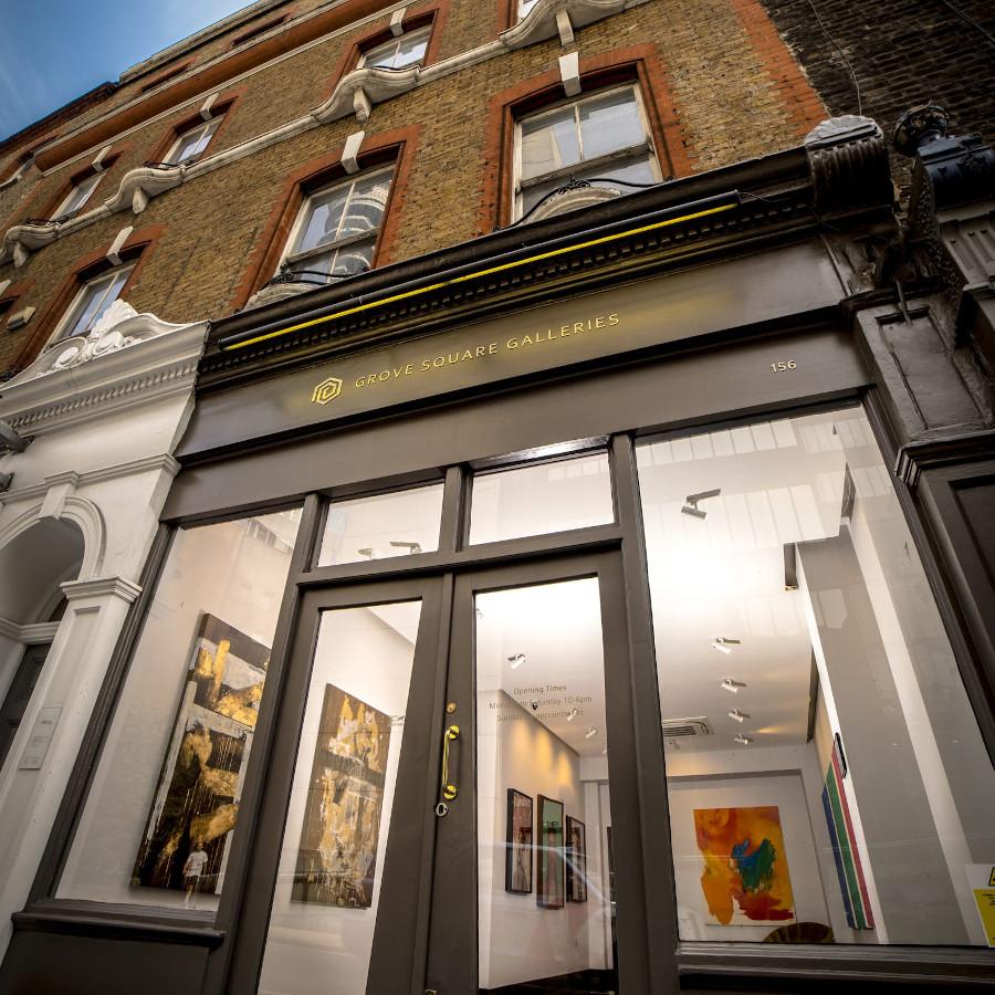 Jim Naughten: Eremozoic @Grove Square Galleries, London  - GalleriesNow.net