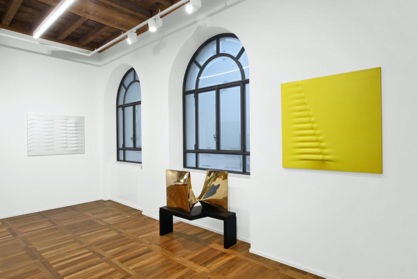 Cortesi Gallery Milan Agostino Bonalumi 3
